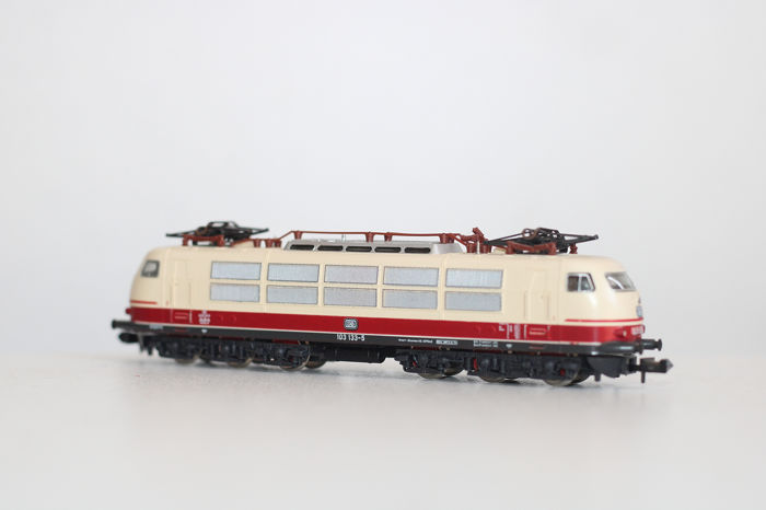 Minitrix N - 2057 - Electric locomotive - BR103 - DB