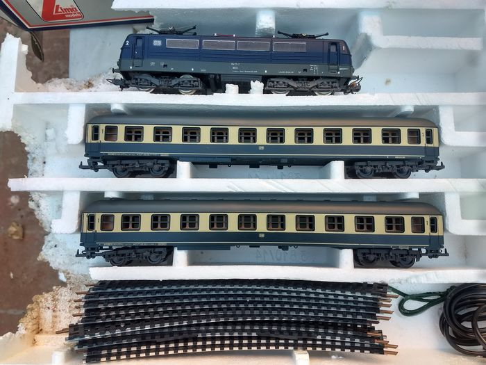 Lima H0 - 10 3800 - Train set - with E-Loc E10 and passenger carriages - DB