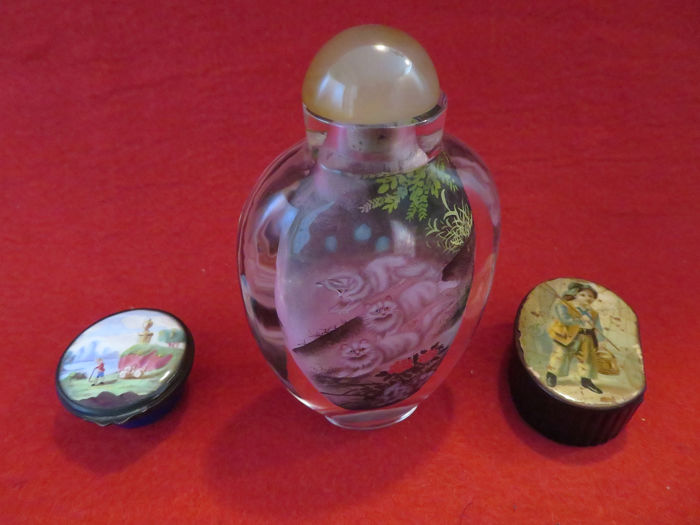 3 - oude snuifflesjes (snuffbox) - Emaille, Glas, Hout, metaal