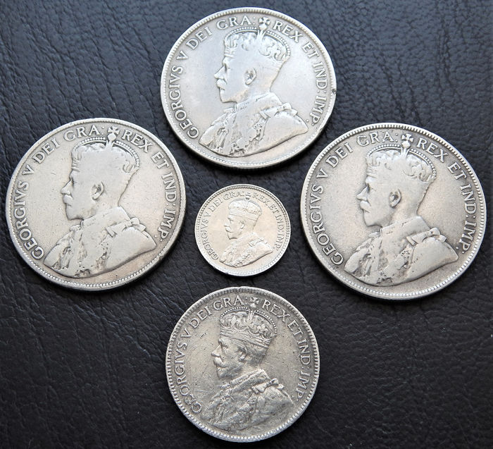 Canada - George V - 5 Cents 1918 + 3 x 50 Cents: 1914, 1919, 1929 + 25 Cents 1917 Newfoundland - Silver