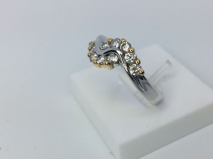 Bibigi - 18 kt. White gold - Ring - 0.70 ct Diamond