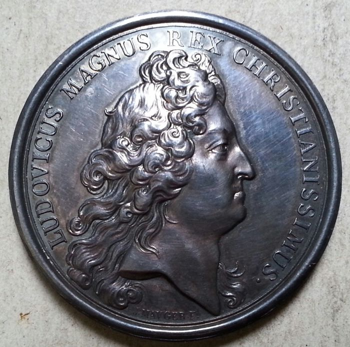 "France - ""Louis XIV - Surrender of Strasbourg 1681"" Medal, by Mauger - Silver"