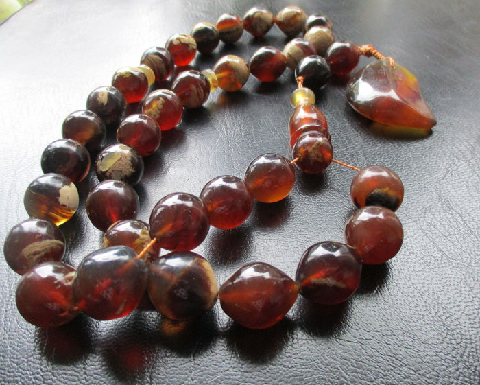 35 Red-white 15 x 17 mm olive beads tesbih-misbaha prayer necklace (1) - Amber