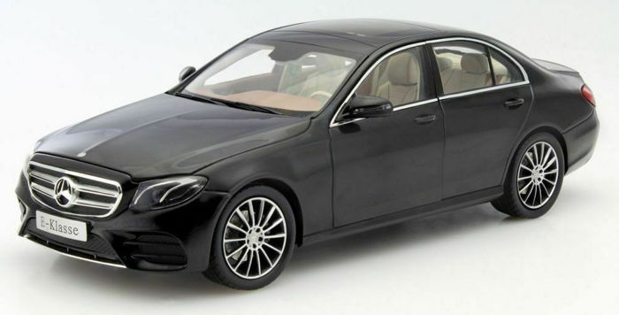 IScale - 1:18 - Mercedes-Benz E-Class (W213) AMG Line - obsidian black