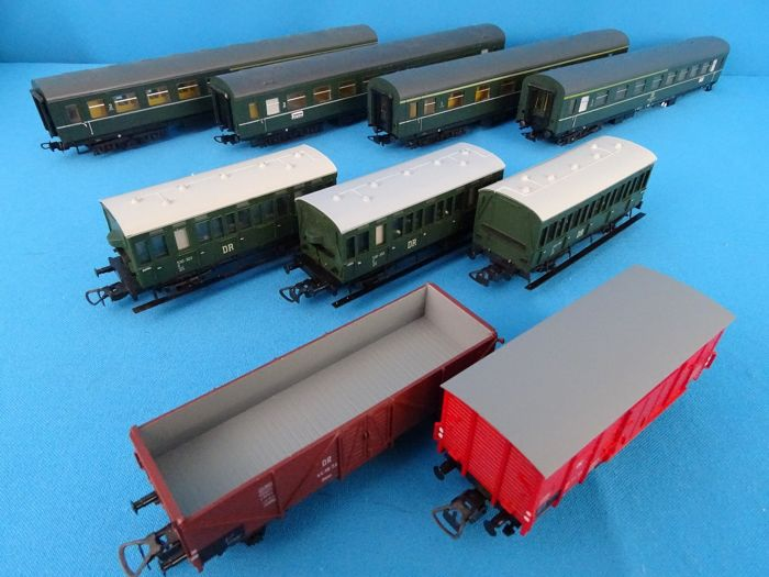 Piko H0 - Freight carriage, Passenger carriage - 9x Carriages and wagons - DR (DDR)