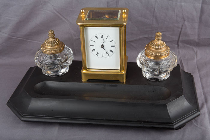French travel alarm clock with ink set - Aiguilles - Moser Aparis. - Brass, Crystal, Glass, Marble - 1820/1830