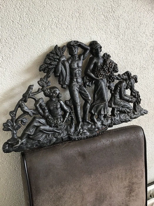 Wrought iron wall plaque plate the four seasons (1) - Romantic - cast iron