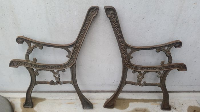 Old Cast Iron Bench Supports - Cast iron - First half 20th century