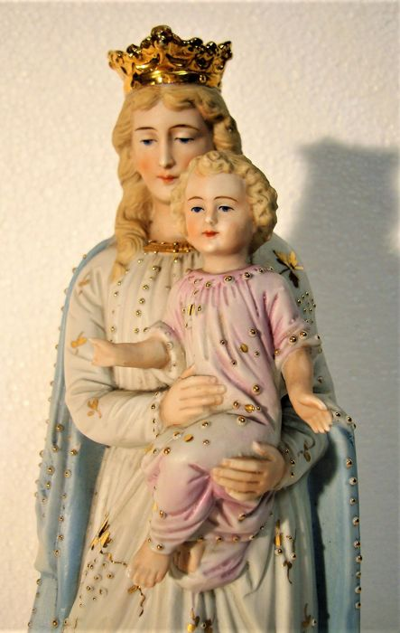 Madonna with child Jesus - Porcelain