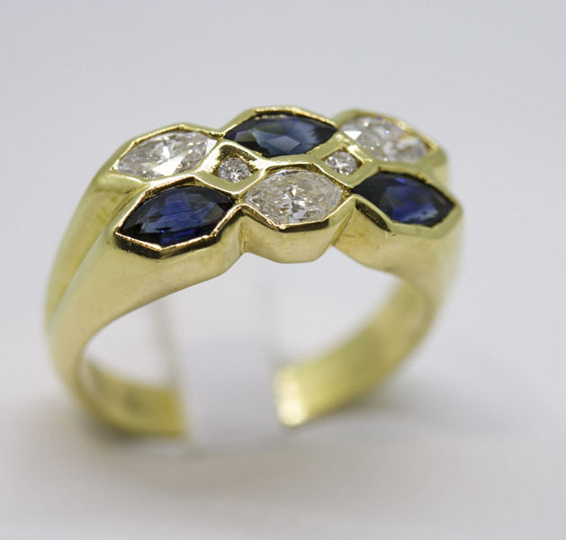 18 kt. Yellow gold - Ring - 0.49 ct Diamond - Sapphire