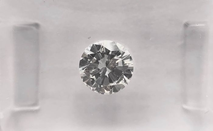 Diamant - 0.70 ct - Brillant, Rund - G - VS2