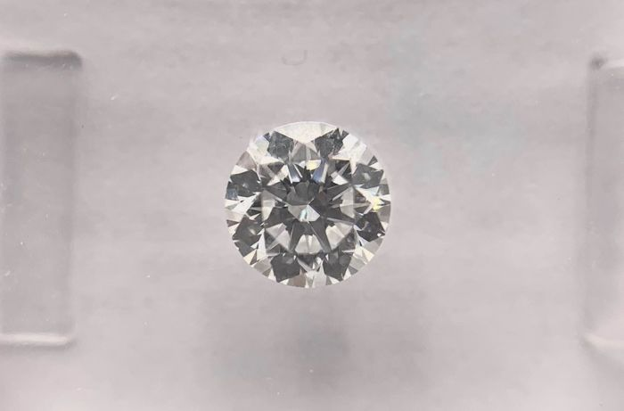 Diamante - 0.57 ct - Brillante, Redondo - D (incoloro) - VVS1