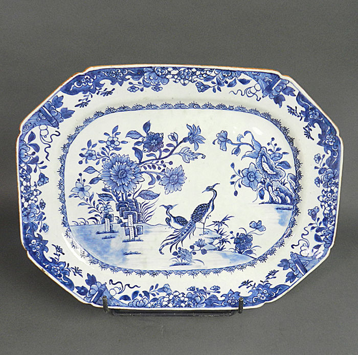 Schotel - Blauw en wit - Porselein - 2 peackocks - China - Qianlong (1736-1795)
