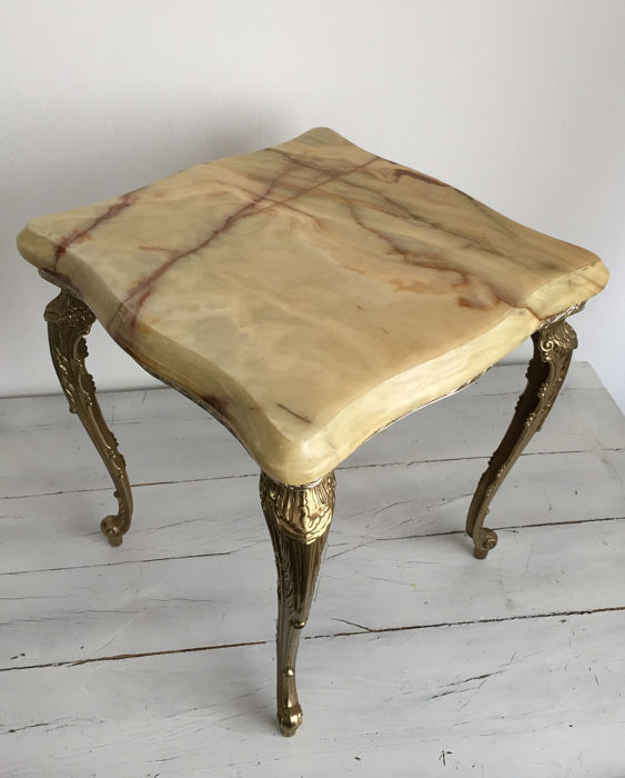 Small table with copper legs and marble top (1) - Copper, Marble