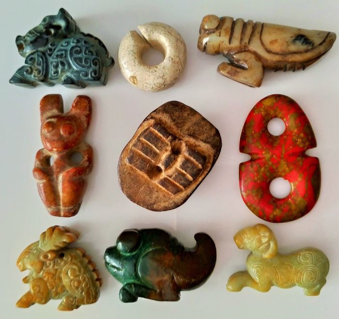 Culture Chinoise - Talisman - Rituel - Amulet - Figurine - Cong (9) - Hard Stone / Jade Nephrite Carved (380 g)