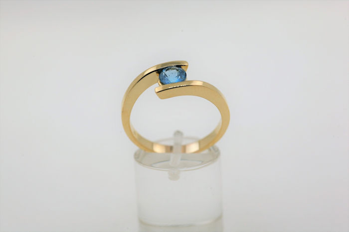 18 kt. Yellow gold - Ring - 1.00 ct aquamarine