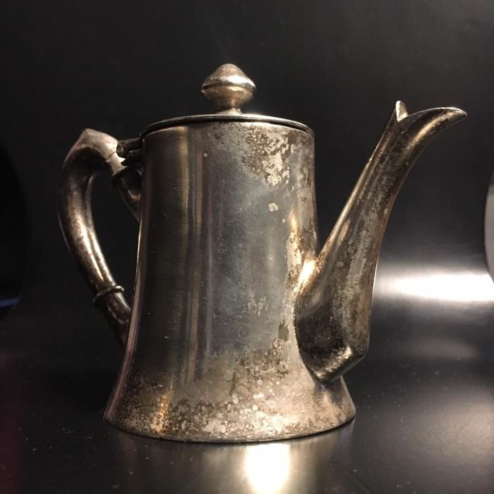 Coffee pot (1) - Silver plated - Argentina - Second half 20th century