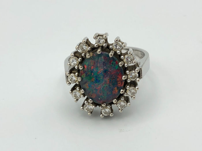 14 kt. Gold - Ring - 5.00 ct Opal - Diamond
