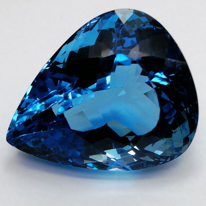 Topaz Swiss Blue - 82.94 ct