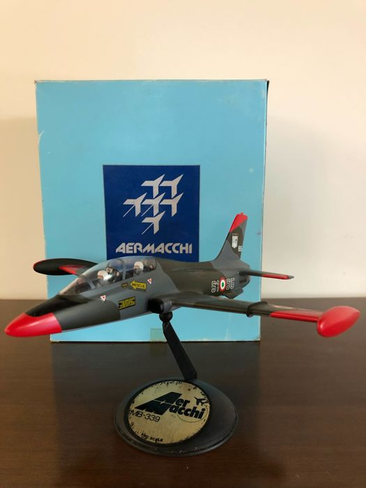 Aermacchi - Promotional - Air Force of the Italian Air Force Aermacchi MB 339  - 1980-1989 - Italy