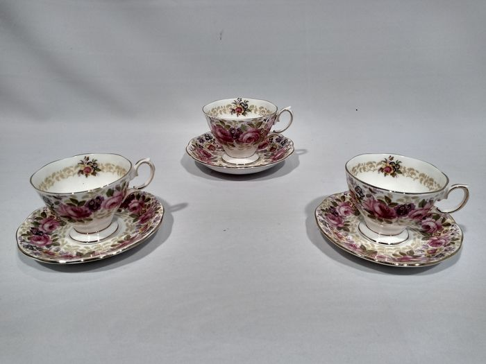 Royal Albert - 'Serena' cups and saucers (3) - Porcelain