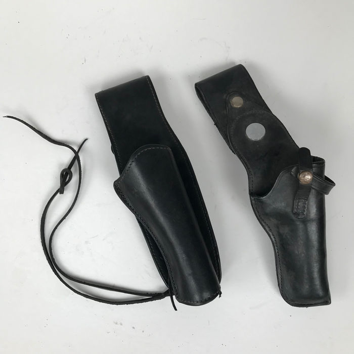 Mexico - Viking - Western - 2 Handmade Leather Holsters for Revolver
