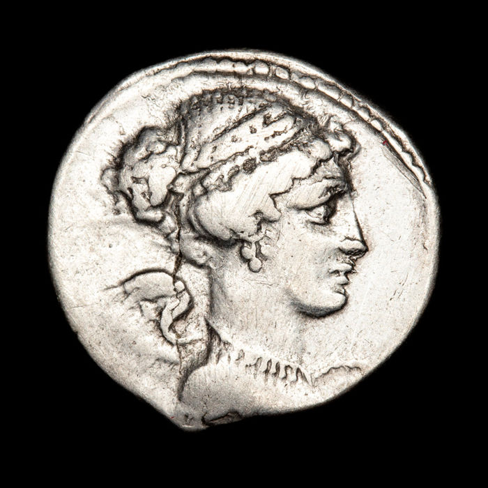 Roman Republic - Denarius T. Carisius, Rome mint, 46 B.C. Victory head whit unusual jewelled hair pulled into knot. T.CARISI. - Silver