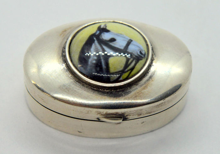 Pill Box with Horse design (1) - .925 silver, Enamel