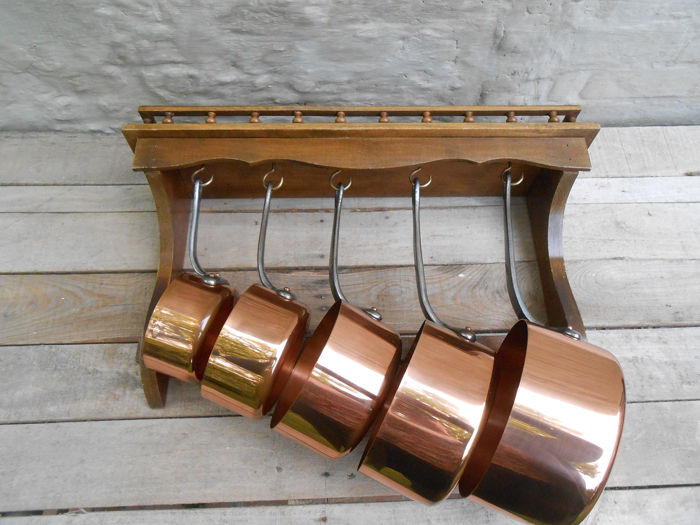 Lecellier- Villedieu - 5 very nice saucepans on matching hanging rack - red copper and wood
