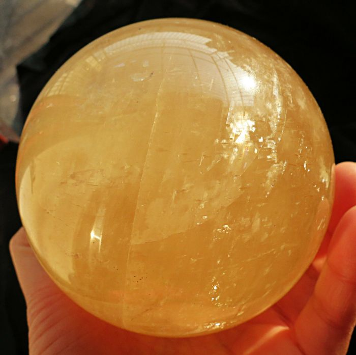 Calcite Sphere - 63×63×63 mm - 364 g