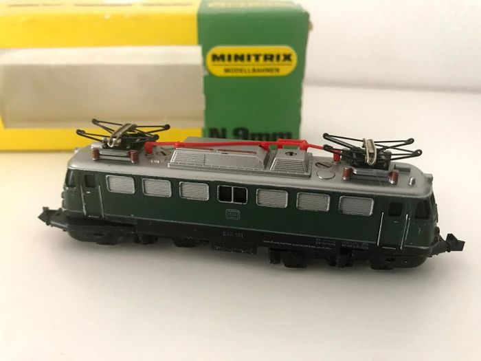 Minitrix N - 2932 - Electric locomotive - E40 - DB