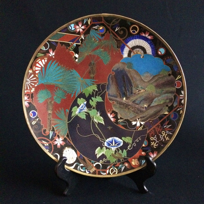 Schotel - 'gilded wire', Cloisonné emaille - Japan - Meiji periode (1868-1912)