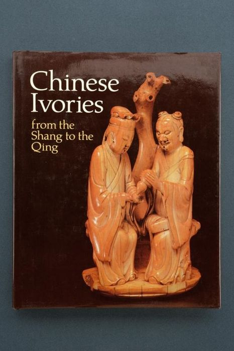 "Boek (1) - Papier - ""Chinese Ivoires from the Shang to the Qing"" - Verenigde Staten van Amerika - 1984"