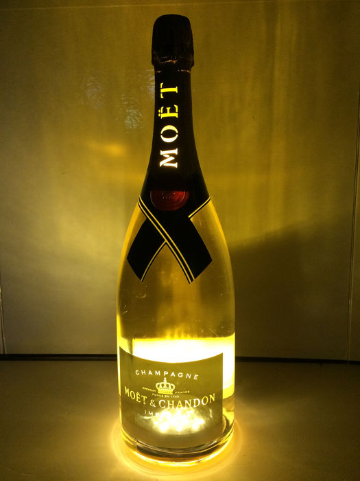 Moët & Chandon Impérial Gold Light Ltd Ed. - Champagne - 1 Magnum (1,5 L)