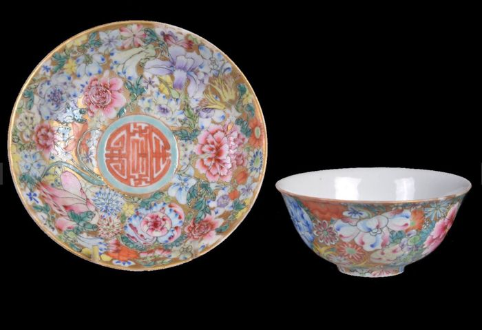 Tea Bowl & Saucer (2) - Porcelain - Chinese 'Mille Fleur' bowl and saucer, - China - Republic 1912-1949