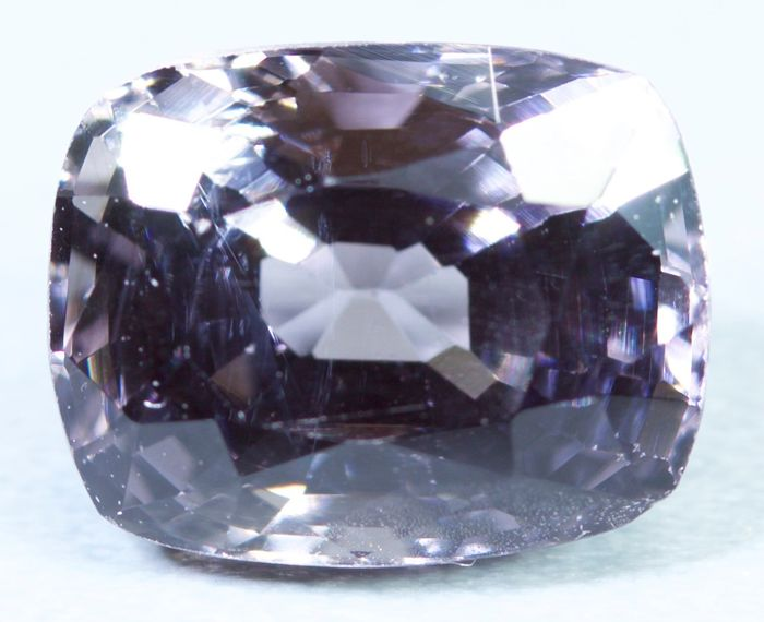Keine Reserve Lila Spinell - 1.84 ct