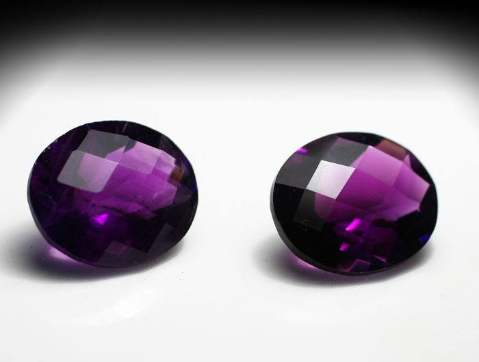 2 pcs  Amethyst - 8.43 ct