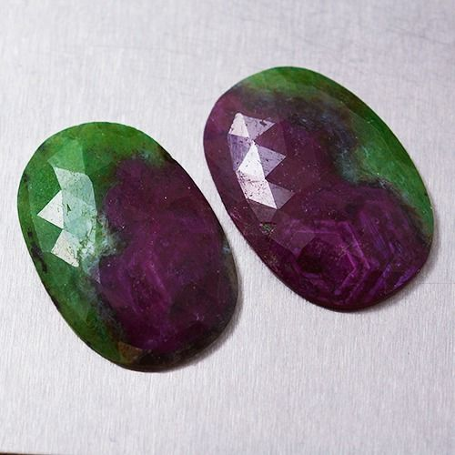 2 pcs  Ruby, Zoisite - 43.90 ct