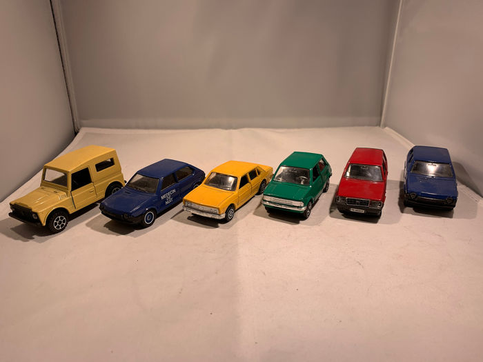 Polistil, Solido, Mebetoys, Alme Cars - 1:43 - Lot with 6 models: 4 x Fiat, 1 x Lancia, 1 x Innocenti - Made in Italy