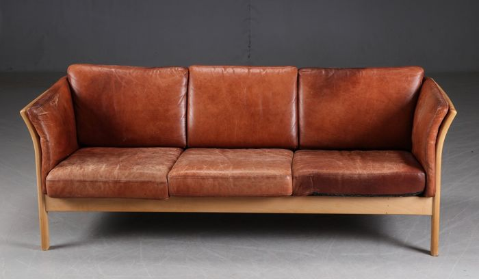Skippers Møbler - 3-seater sofa in cognac leather