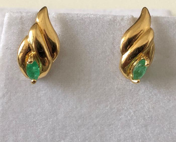 18 kt. Yellow gold - Earrings - 0.24 ct Emerald