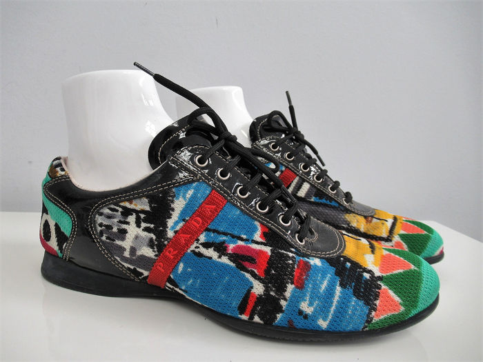 Prada Chaussures à lacets - Taille: IT 38