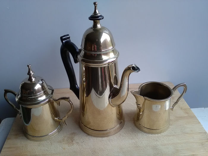 coffee milk and sugar can be silver or silvered - Silverplate - France - 21st century
