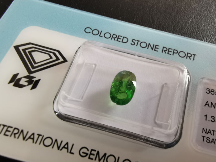 1 pcs Green Tsavorite - 1.35 ct