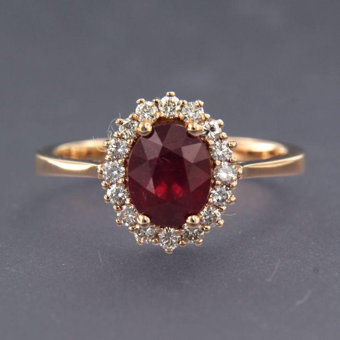 18 kt Roségold - Ring - 1.80 ct Rubin - Diamant