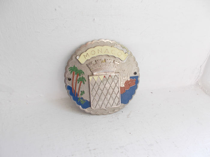 Insigne - vintage  Monaco chrome and enamel car grille badge early and original  - 1940-1960