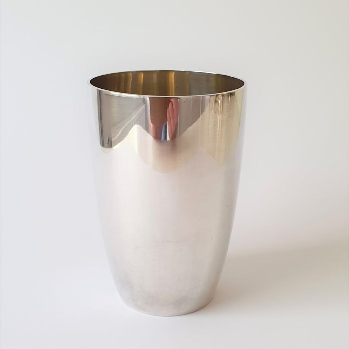 Sturdy and heavy silver cup - 169 grams - .925 silver - J. Dix - Germany - Approx. 1954