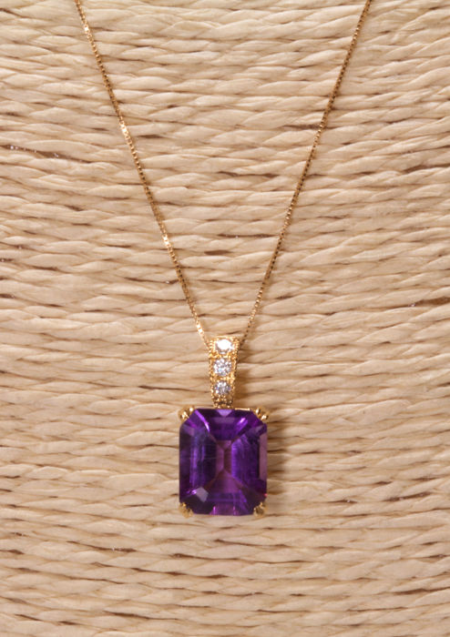 18 kt. Yellow gold - Necklace with pendant Amethyst - Diamonds