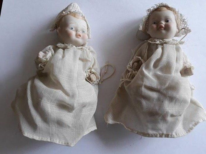 Used, onbekend - porcelain, antique twin dolls Toys Dolls & Bears for sale