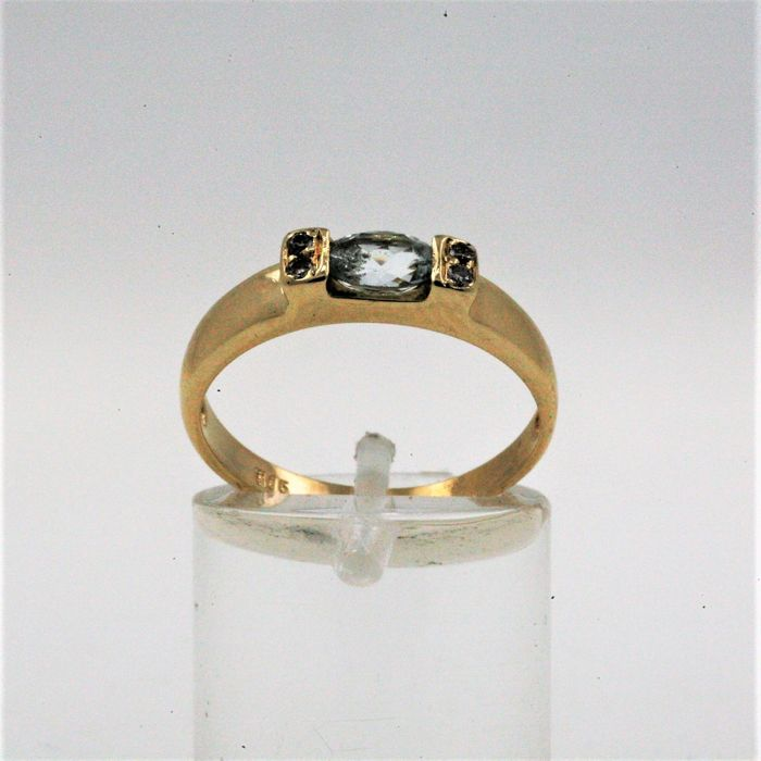 14 kt. Yellow gold - Ring aquamarine - Diamond